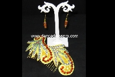02 Gold Hoops (made of gold-plated iron)